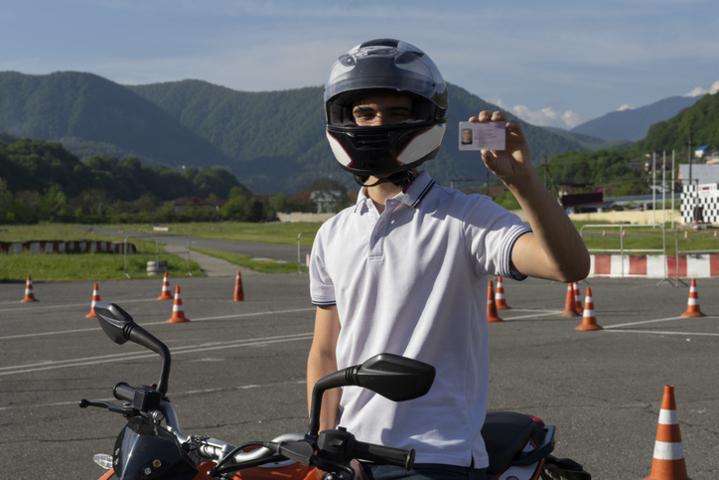 Requisitos para la homologación de licencias de conducir